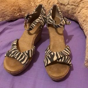 🌸White Mountain Wooden Wedges Women's Size 11M